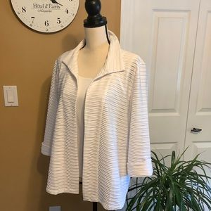 Chico's Lightweight Textured Unlined Jacket White